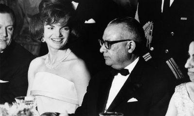Jacqueline Kennedy y Romulo Betancourt