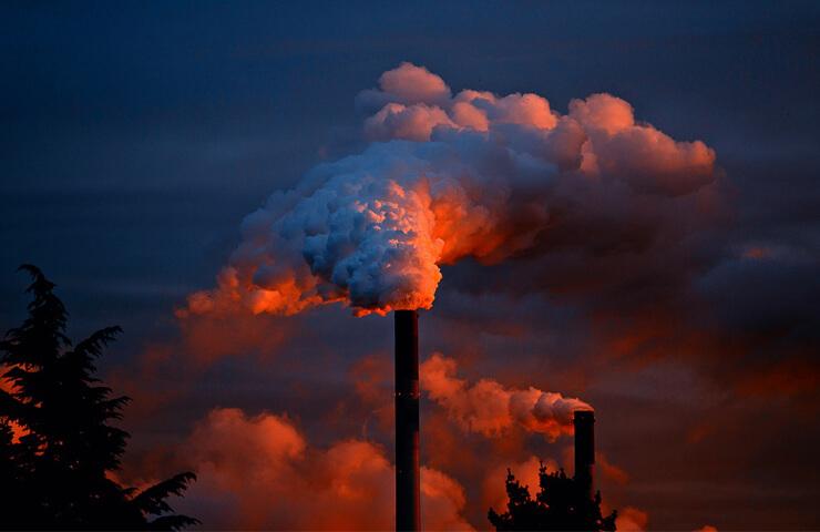 Las industrias más dañinas para el planeta