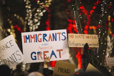 Mas inmigrantes mejor economia
