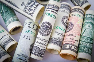 Intentos para desafiar al patron dollar