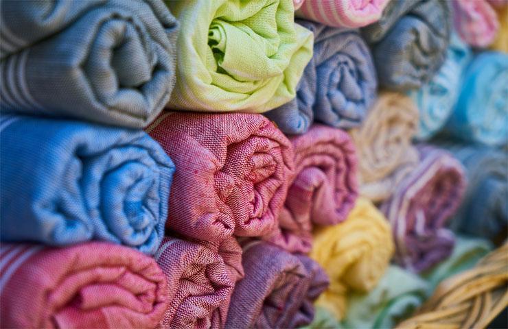 Cómo deben tratarse los residuos textiles