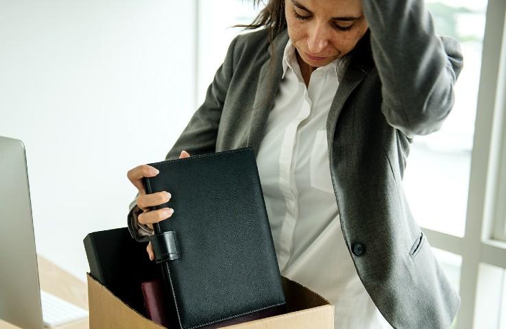 derechos del trabajador en un despido improcedente
